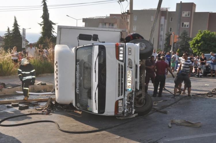 Kuşadası'nda kaza 1 ölü, 3 yaralı