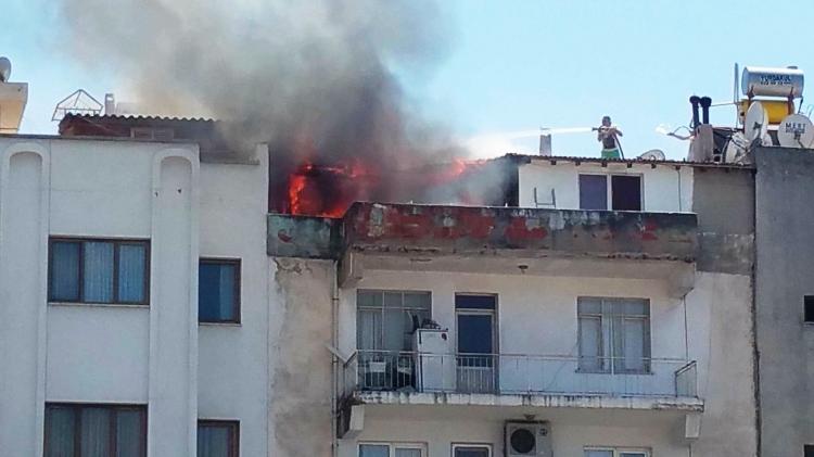 Kuşadası'nda korkutan yangın