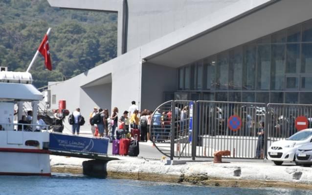 Bayram'da Samos'a akın var