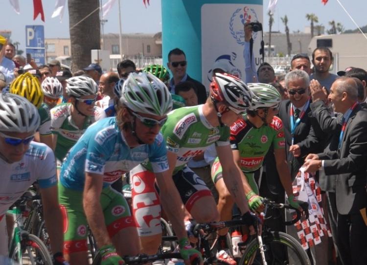 Bisikletçilerin turu başladı
