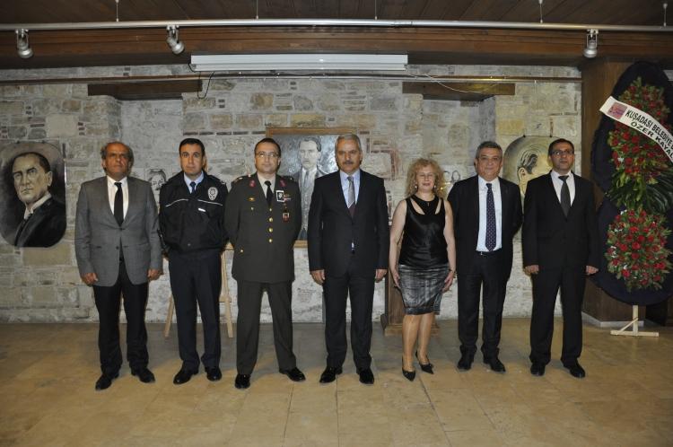 Serpil Kalkan'dan Atatürk  Resimleri Sergisi