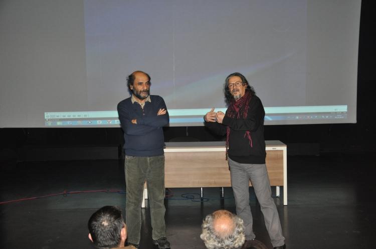 Erkan Yücel Sahnesinde 100 Barış Filmi