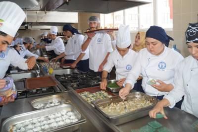 Aşçılara modern uygulamalı mutfak