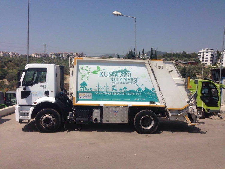 Çevre dostu çöp kamyonları