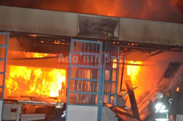 Mobilya atölyesi alev alev yandı: 1 ölü