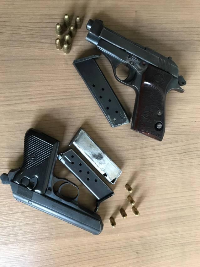 Çifte tabancalı kovboy yakayı ele verdi