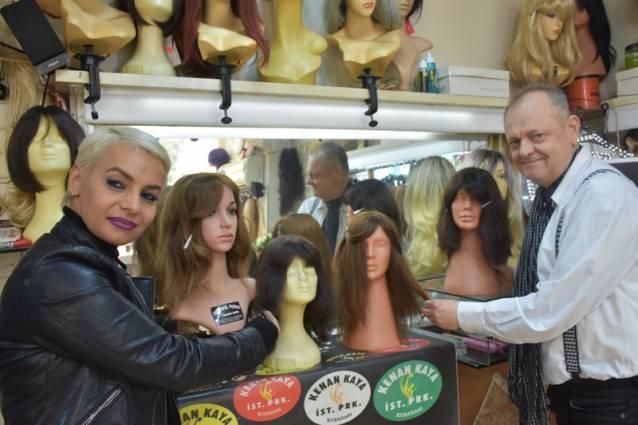 Kosova'daki kanser hastaları için peruk