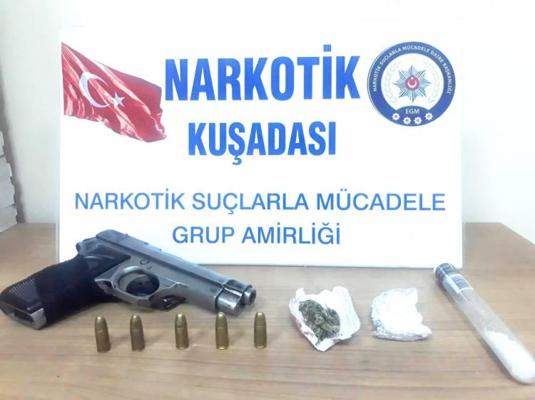 Uyuşturucu ve silahla yakalandı